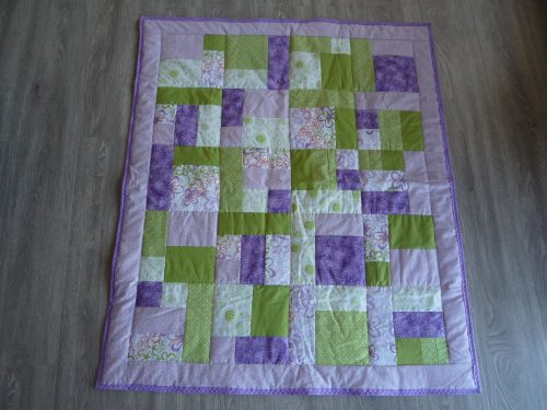 New Hand Quilted Patchwork Baby Quilt – Mauve/Green