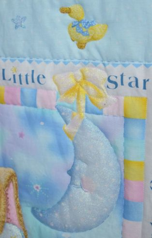 Twinkle Twinkle Little Star Nursery Crib Quilt - Image 4