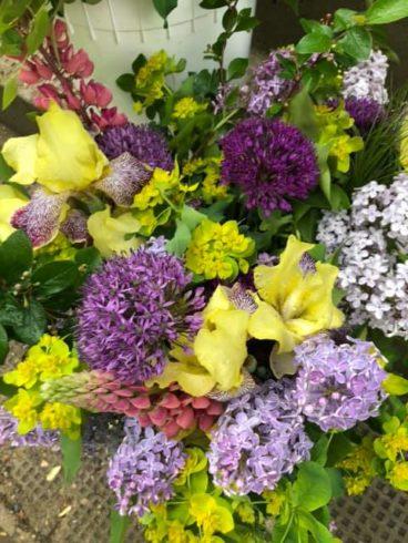 Seasonal Fresh Flower Bouquet - Image 2